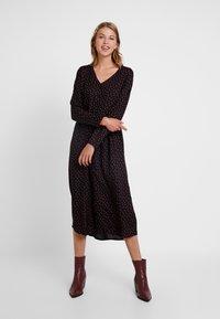 Blendshe - SOBBO - Košilové šaty - black - 0