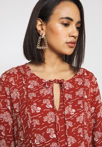 Blendshe - LISSY  - Day dress - chutney - 3