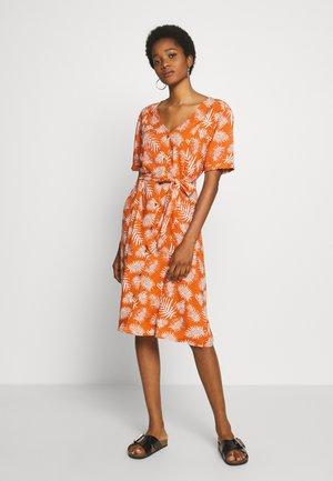 BSCRUZ DRESS - Skjortekjole - mango