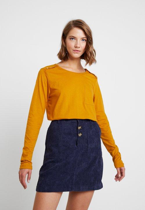30% OBNIŻONE Blendshe GEZY - Bluzka z długim rękawem - buckthorn brown Koszulki i Topy NMIG-NA7