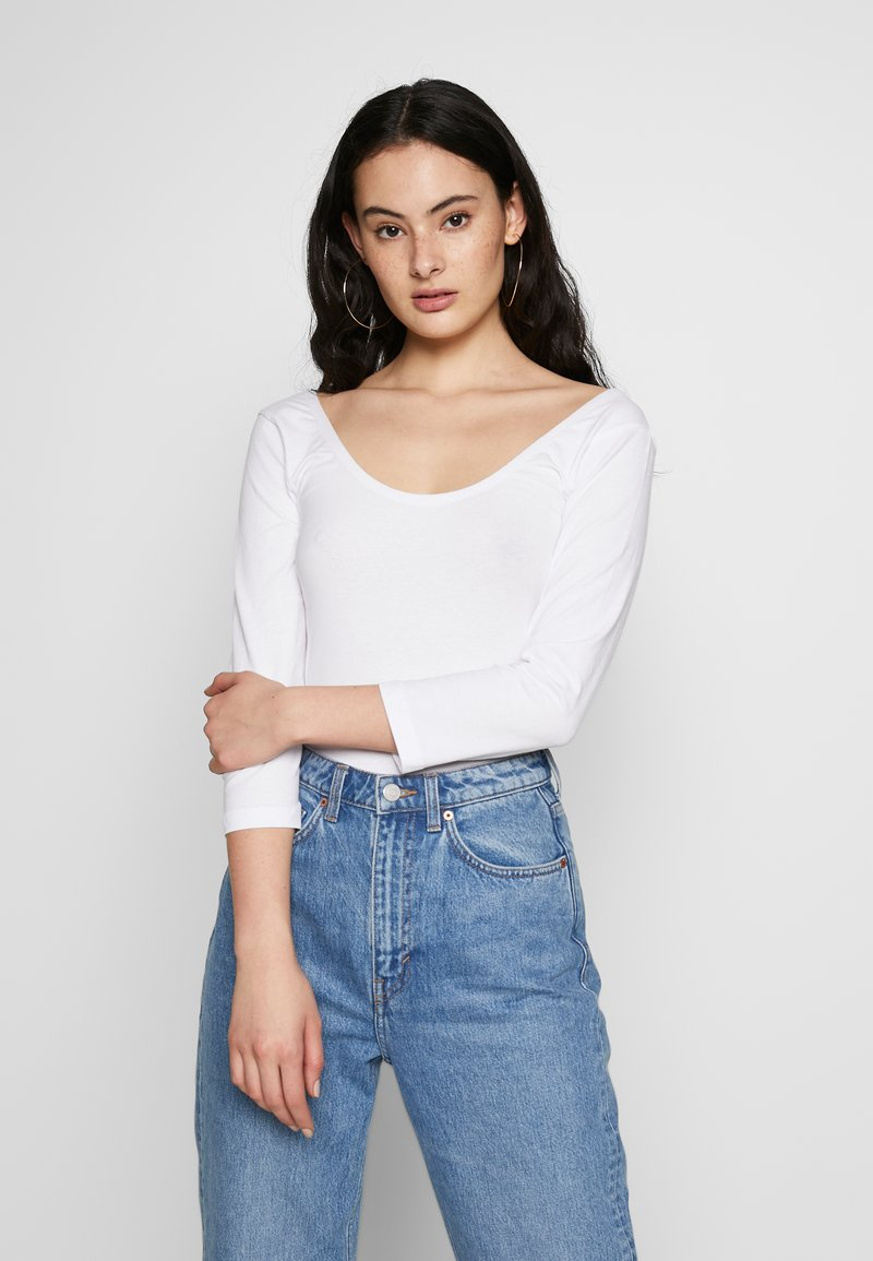 Blendshe - BSLABAN SCOOP NECK - Topper langermet - bright white