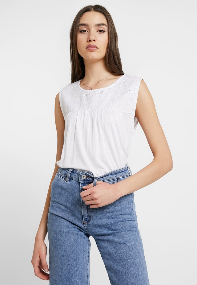 TEE - Linne - bright white