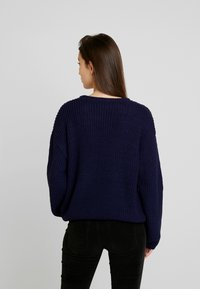 Blendshe - BSJAMIES - Stickad tröja - peacoat - 2