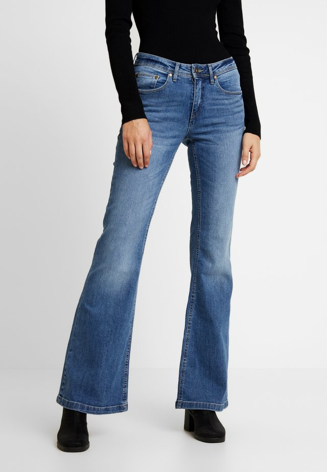 BSELVA BRIGHT FLARED - Jeans relaxed fit - dark blue