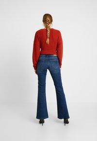 Blendshe - BRIGHT FLARED - Jeans a zampa - indigo blue - 2