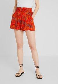 Blendshe - Shorts - orange - 0