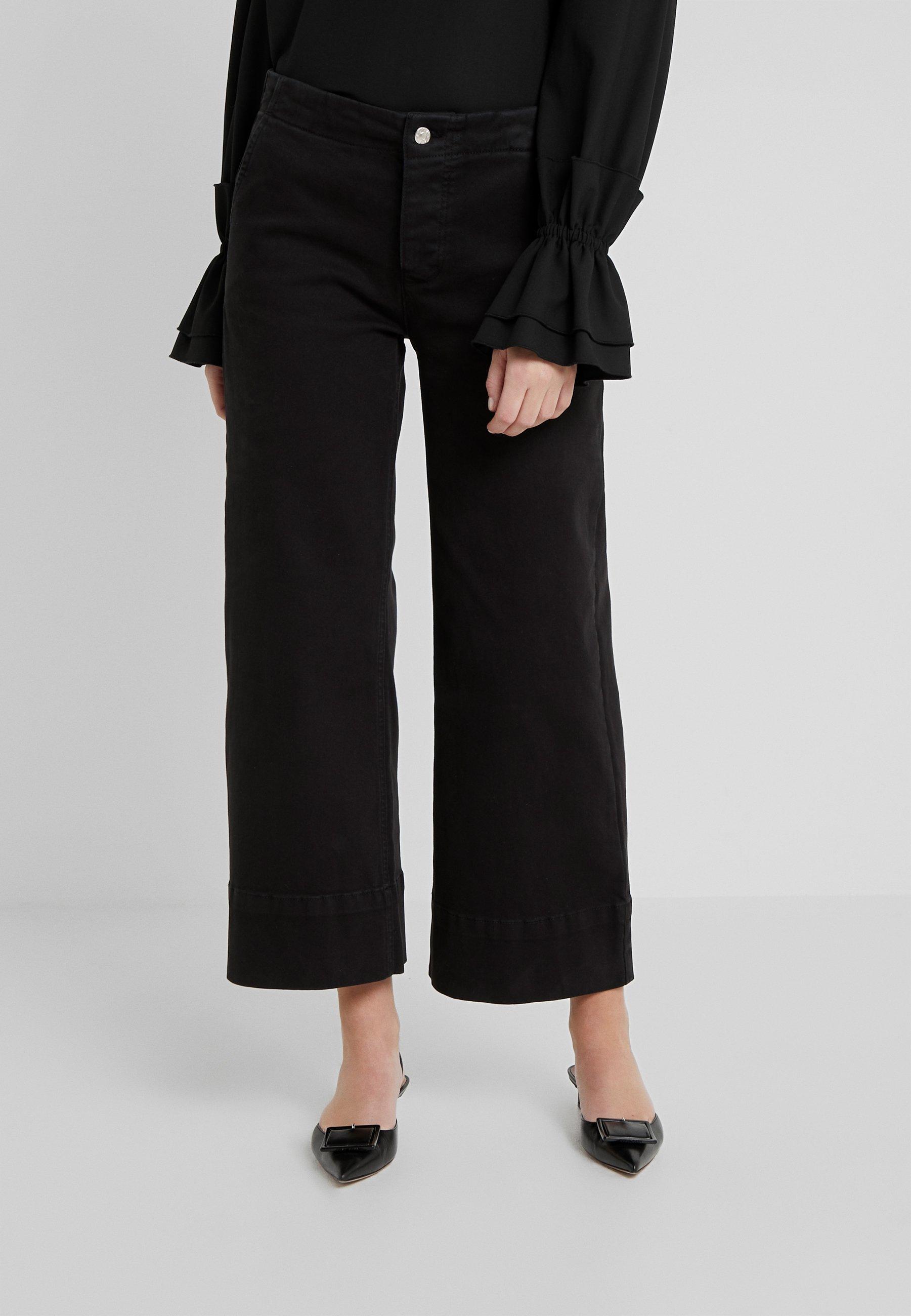 Blanche Action Pants - Kangashousut Black