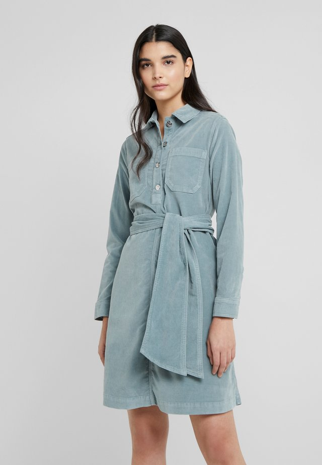 ANNA DRESS - Shirt dress - leaf