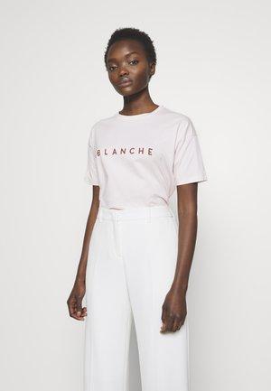 MAIN CONTRAST - T-shirts med print - spring blush