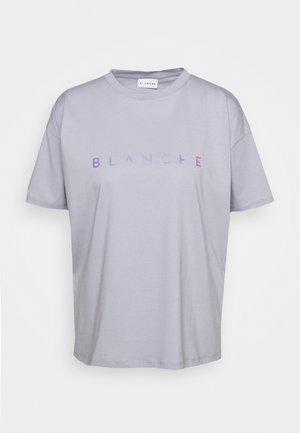 MAIN HOLOGRAM - T-shirt imprimé - dove blue