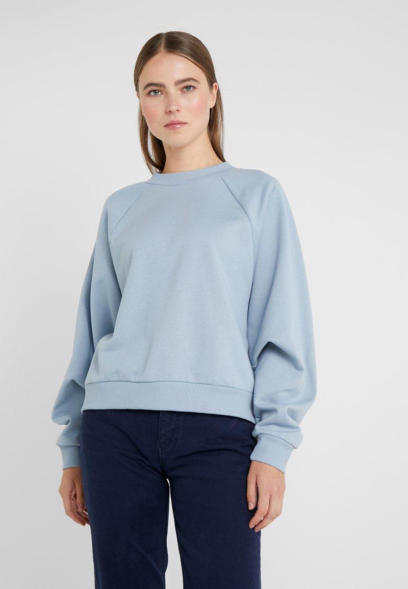 BLANCHE - HELLA OVERSIZE - Sweatshirts - dusty blue