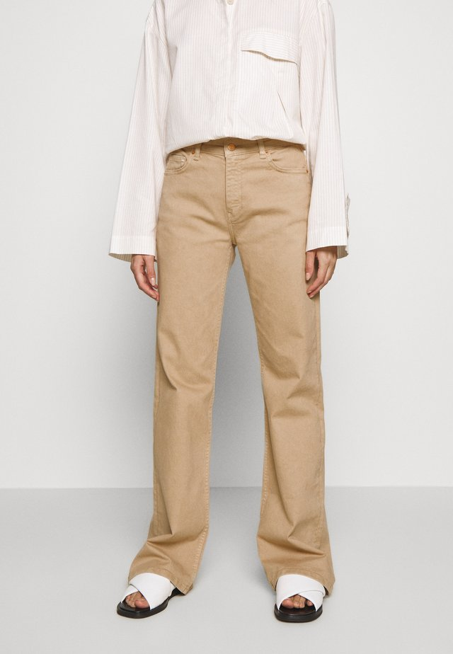 Flared Jeans - light sand