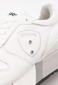 Blauer - MYRTLE - Matalavartiset tennarit - white - 2