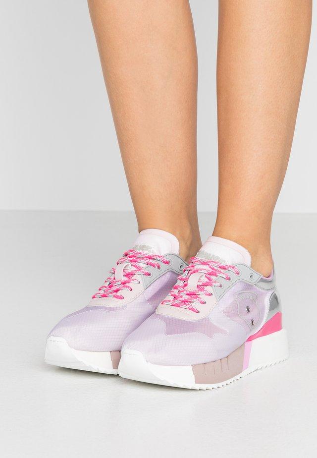 MYRTLE - Matalavartiset tennarit - pink