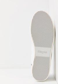 Blauer - MADELINE - Baskets basses - white - 6