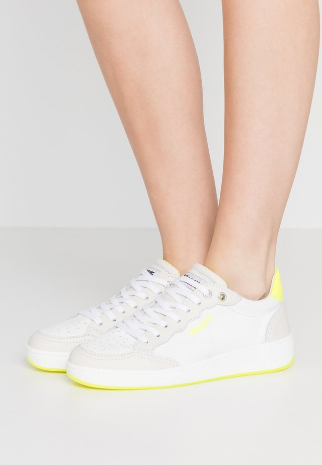 OLYMPIA - Sneakers laag - yellow