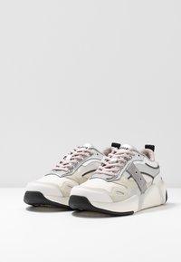Blauer - Baskets basses - white/silver - 4