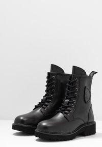 Blauer - IRVINE - Lace-up ankle boots - black - 4
