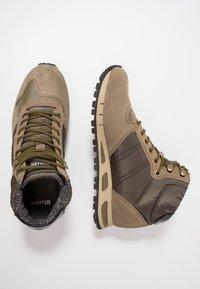Blauer - Sneakers hoog - military green - 1