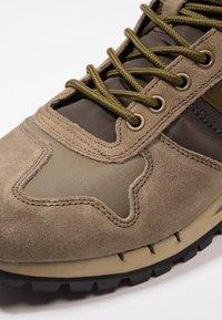 Blauer - Sneakers hoog - military green - 5