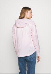 Blauer - GIUBBINI CORTI - Kevyt takki - rosa pastello - 2