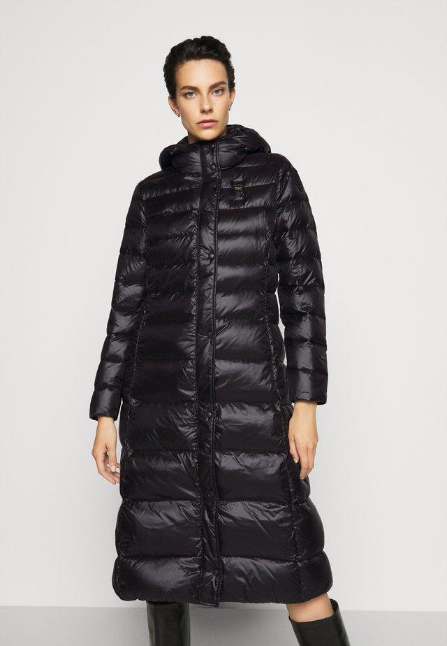 IMPERMEABILE - Kabát zprachového peří - black
