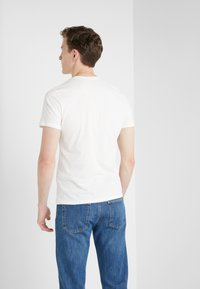 Blauer - T-shirts med print - off-white - 2