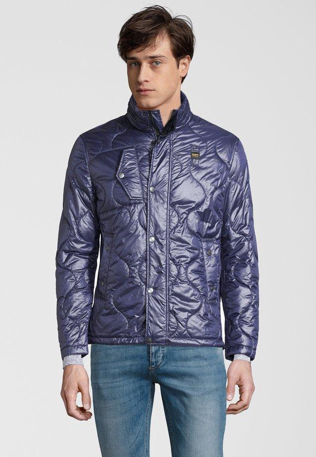 JACKE MIT VERSTAUBARER KAPUZE - Winter jacket - blau