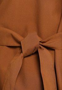 Bergans - OSLO PONCHO - Outdoorjas - dark copper - 5