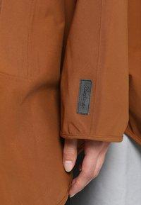 Bergans - OSLO PONCHO - Outdoorjas - dark copper - 7
