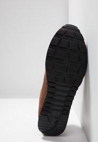 BOSS - PARKOUR RUNN  - Sneakers - medium brown - 4