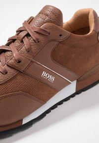 BOSS - PARKOUR RUNN  - Sneakers - medium brown - 5