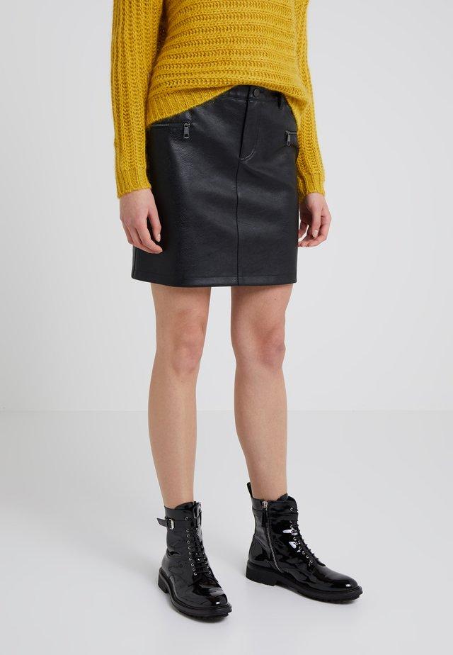 BANOVELY - Áčková sukně - black