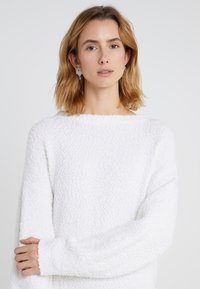 BOSS - IROLEANA - Strickkleid - white - 4