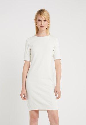 DABUTTON - Pouzdrové šaty - open white