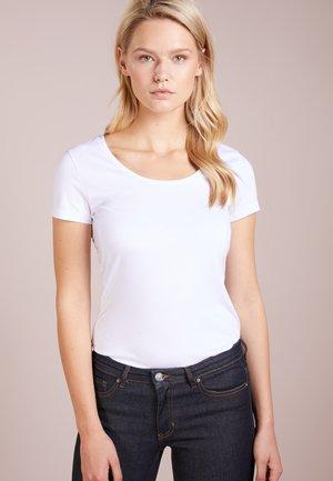 TIFAME - T-shirts - white