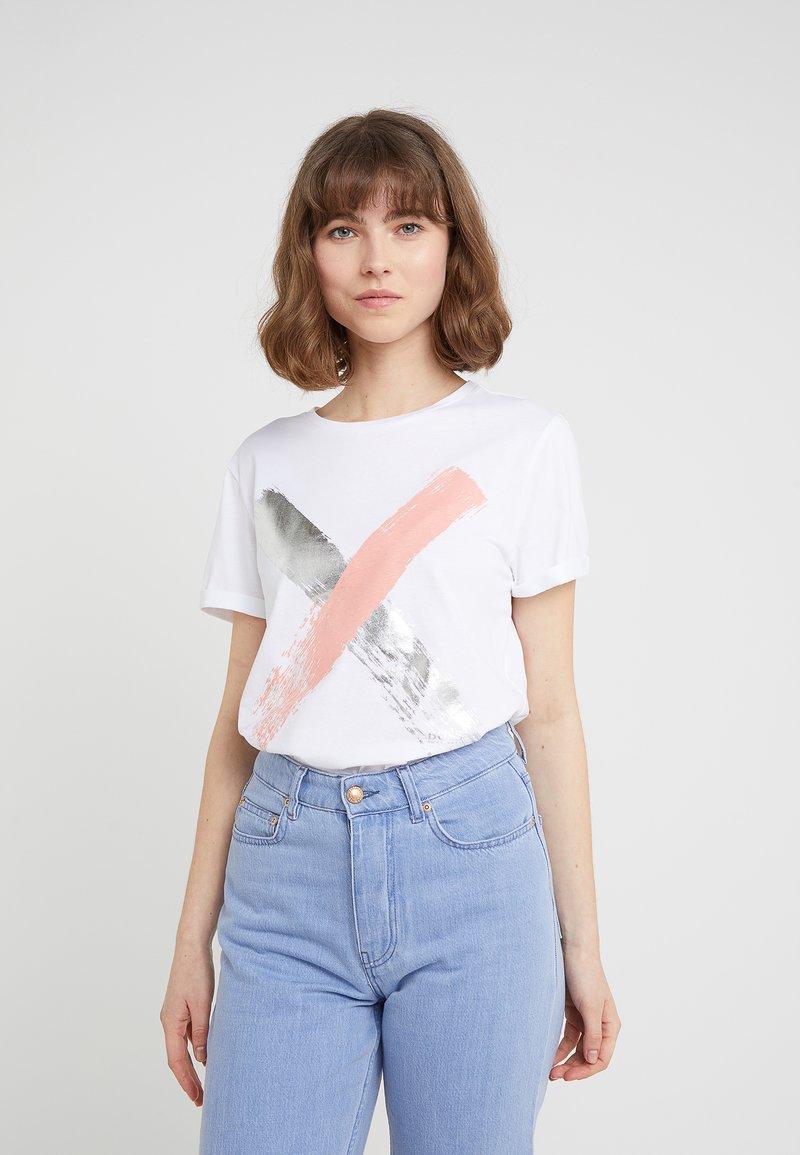 BOSS - TEPAINT - Camiseta estampada - white