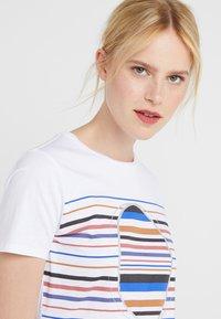 BOSS - TEAROUND - T-shirt con stampa - white - 3