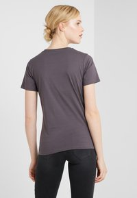 BOSS - TECUT - T-shirt con stampa - charcoal - 2