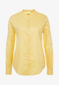 light pastel yellow