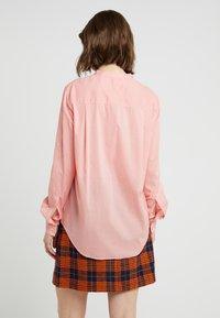 BOSS - EFELIZE - Skjorte - light pastel orange - 2