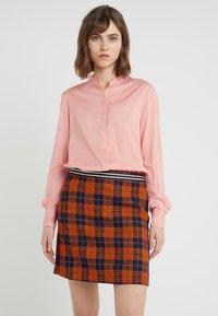BOSS - EFELIZE - Skjorte - light pastel orange - 0