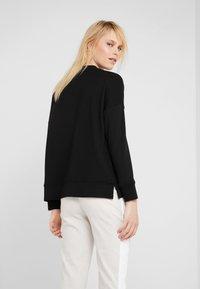 BOSS - TERIBNECK - Sweatshirt - black - 2