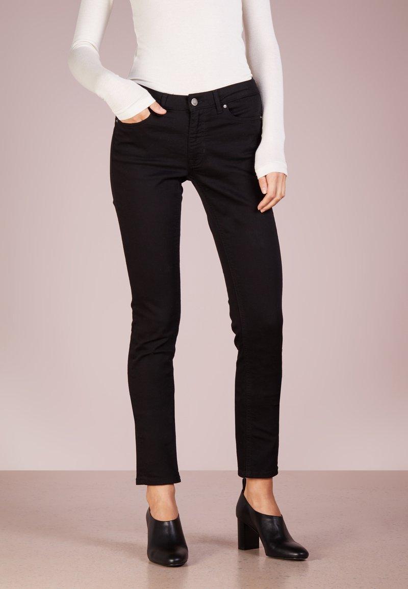 BOSS - Slim fit -farkut - black