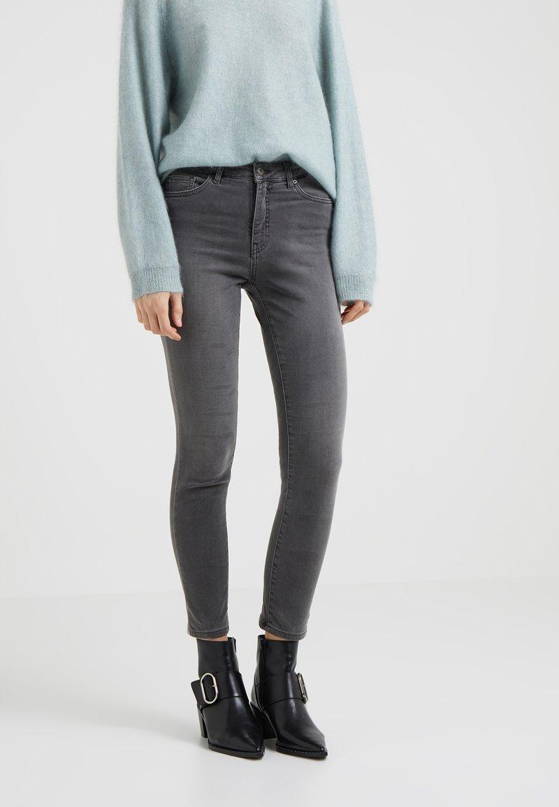 BOSS - MAGALIA - Jeans Skinny Fit - medium grey