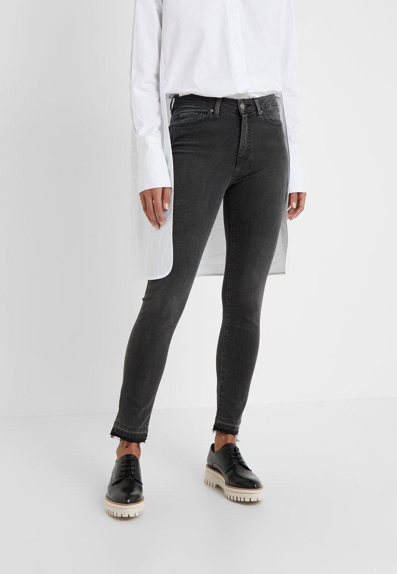 BOSS - BERGAMO - Jeans Skinny Fit - dark grey