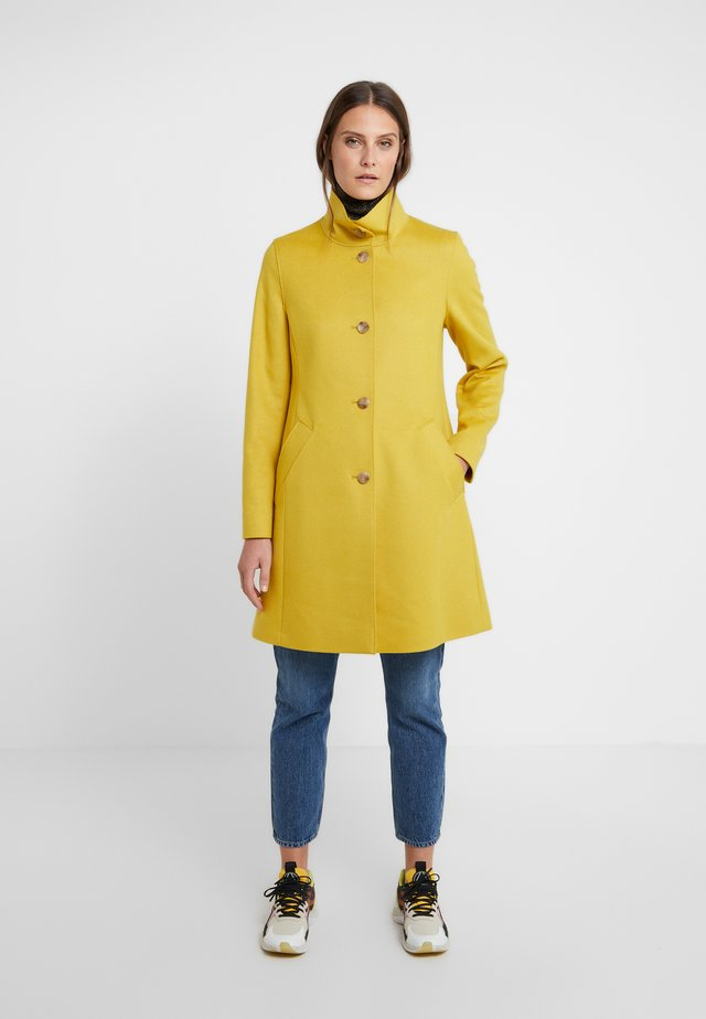OJULIE - Abrigo - mustard