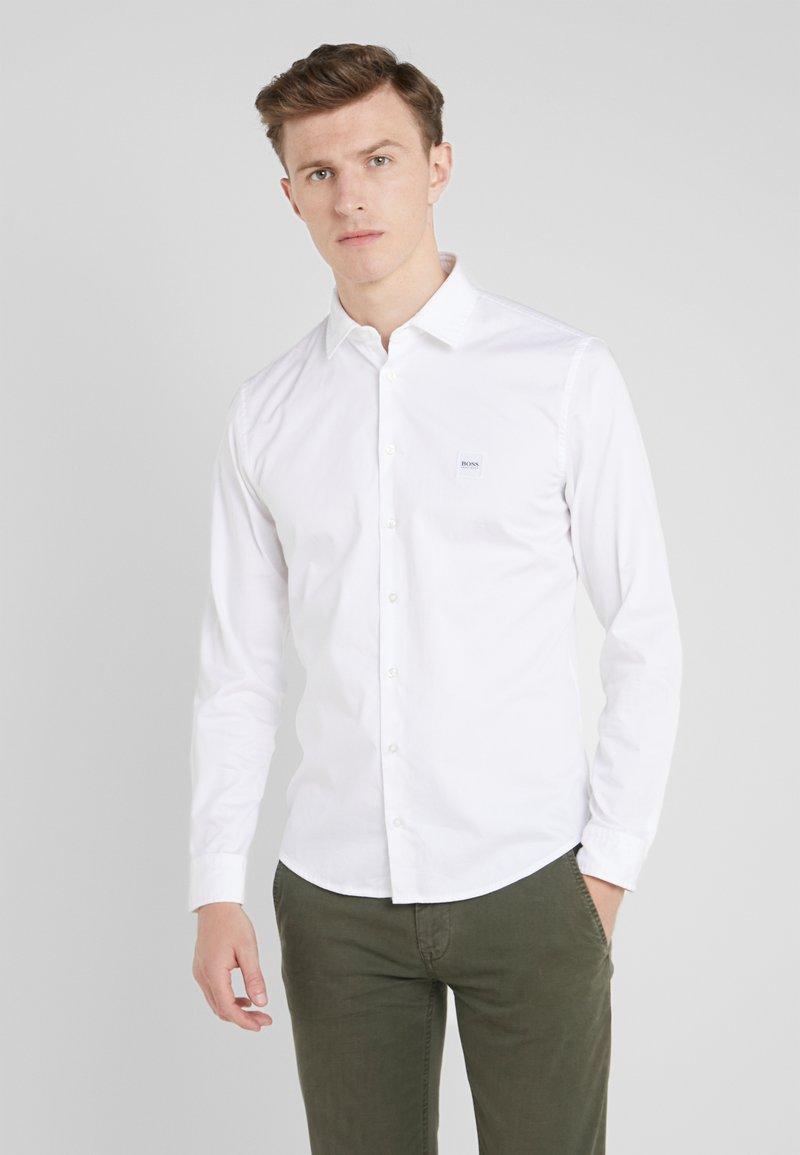 BOSS - MYPOP SLIM FIT - Camisa - white