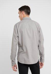 BOSS - RELEGANT REGUAR FIT - Skjorte - grey - 2