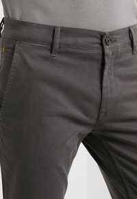 BOSS - SCHINO - Chinos - charcoal - 4